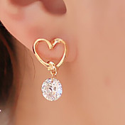 드랍 귀걸이 베이직 디자인 하트 패션 합금 Heart Shape 골든 보석류 용 파티 일상 캐쥬얼 1 세트