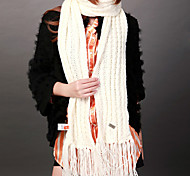 Deniso—Hand Woven Snowproof and Windproof Scarf(White and Grey)