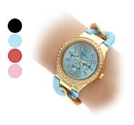 das mulheres de quartzo analógico diamante caixa da liga pulseira de relógio (cores sortidas)