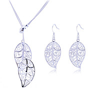 Lureme®925 Sterling Silver Plated Hollow Leaf Necklace Earrings Jewelry Set