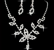 Beautiful Alloy Silver Plated With Rhinestone Shamrock Necklace Earrings Jewelry Set