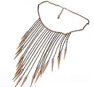 Europäischen und amerikanischen Retro konischen Nieten Quaste Pullover Halskette N189