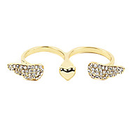 Fashion Wings Double Fingers Ring(Random Color)