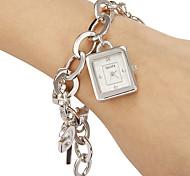 Retângulo Simples Feminina Dial Liga Banda Analog de quartzo pulseira relógio