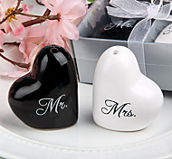 Creative Exquisite Mr./Mrs.Design Salt & Pepper(1 PCS,Random Color)