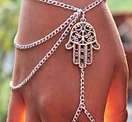Classic Hand Shape Silver Alloy Charm Bracelet(1 Pc)