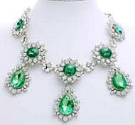 Exclusive Korean Style Sun Flower Necklace Royal Luxury Boutique Drops Emerald Rhinestone Pendant Necklaces