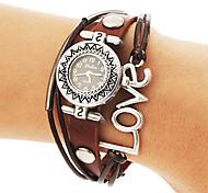 Women's Vintage Round Dial Love Pattern Pu Band Quartz Analog Bracelet Watch
