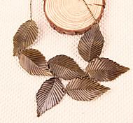 Weinlese der Frauen übertrieben Blätter-Muster kurze Halskette n24