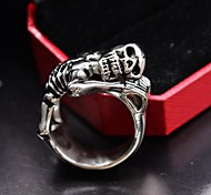 Vintage Men's Antique Silver Cast Metal Sleep  Skull Stainless Steel Ring