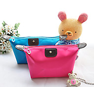 1 Fashion And Convenient Travel Cosmetic Bag