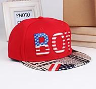 de y la moda del sombrero del sol de los hombres de las mujeres al aire libre
