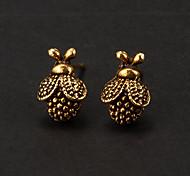 Vintage Bronze Beetle Shape Stud Earring(1 Pair)