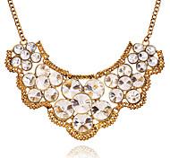 Fashion Circle Crystal Pendant Necklace