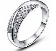 I FREE SILVER®Women's Classic S990 Sterling Silver Swiss Diamond Ring 1 pc