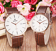Couple's Simple Noble Round Dial Calendar Leather Band Quartz Wrist Watch (Assorted Colors) Cool Watches Unique Watches