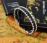 los colores variados de la PU pulseras de cuero de los hombres de la vendimia