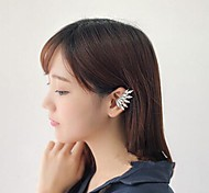 Shixin® Korea Style Fashion Crystal Wing Clip Earrings(1 Pc)