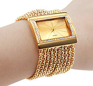 Personalized Fashionable Women's Watch Bracelet Gold Diamond Case Alloy Band