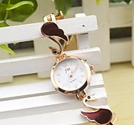 Women's Fashion Round Dial Swan Alloy Band Quartz Bracelet Watch(Assorted Colors)