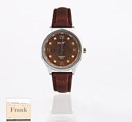 presente personalizado novo Brown Dial relógio gravado pu pulseira de couro analógico das mulheres de estilo (cores sortidas)