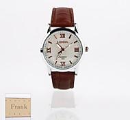 presente personalizado novo mostrador branco pu pulseira de couro relógio analógico gravado das mulheres de estilo (cores sortidas)