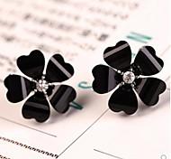 liebe fünf Blütenblätter Diamant-Ohrstecker