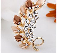 Fashion Diamond Leaves Alloy Brooch (1pc)