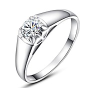 Classics Four Claw 0.8ct Simulated Diamond Engagemant Wedding Ring Use SWA Elements Crystal
