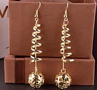 2015 Fashion Multi-Level Hollowed Out Hydrangea Earrings