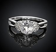 Fashion Elegant Big Diamante Women White and Silver Zircon Statement Rings(White and Silver)(1Pcs)