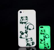 patrón panda resplandor en el caso duro para el iphone 5 oscuro / iphone 5 s