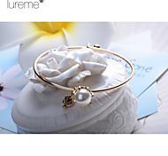 Lureme®Fashion Alloy Pearl Bracelet