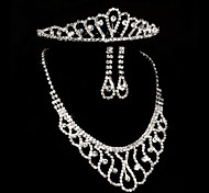 Bride's Heart Shape Rhinestone Crystal Wedding Decorations Jewelry Set Including Necklace,Earrings,Crown