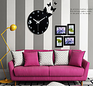 Butterfly Mute Fashion Wall Clock