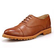 Zapatos de Hombre Oxfords Exterior / Casual Cuero Negro / Marrón
