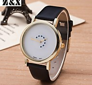 Women's Fashion  Simplicity Quartz Love Analog Wrist Watch(Assorted Colors)
