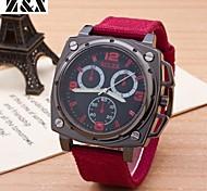 la montre à quartz de mode sportive analogique traser ceinture de poignet des hommes (couleurs assorties)
