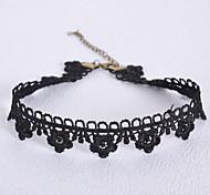 Ожерелье Ожерелья-бархатки Бижутерия Для вечеринок / Повседневные Ткань Черный 1шт Подарок
