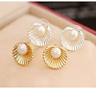 Women's fashion pearl shells earrings