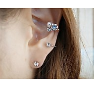 Fasion Diamond Earrings (2 pieces)
