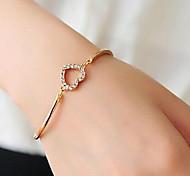Love Diamond Hollow Heart-shaped Alloy Bracelet