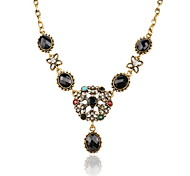 Snowflake Pendant Necklace Retro Inlaid Precious Stones