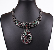 MPL European and American fashion retro diamond pendant drop type hollow carved clavicle chain