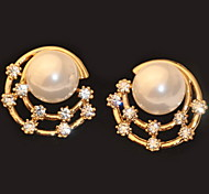Sky Star Bling Conch Pearls Round Stud Earring