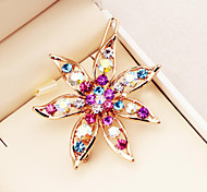 Flower shape diamond inlaid gold plated alloy hairpin