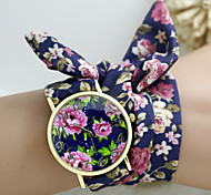 New Design Ladies Flower Cloth Wrist Watch Gold Fashion Women Dress Watches High Quality Fabric Watch Sweet Girls Watch