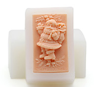 Nicole Xmas 3D Santa Claus Shaped Resin,Clay Crafts Silicone Soap Candle Molds(Random Color)