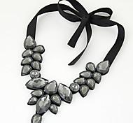 Women European Style Fashion Wild Elegant Gem Collar Short Necklace