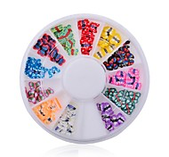 1pcs Manicure Color Butterfly Butterfly Jewelry Soft Pottery Turntable